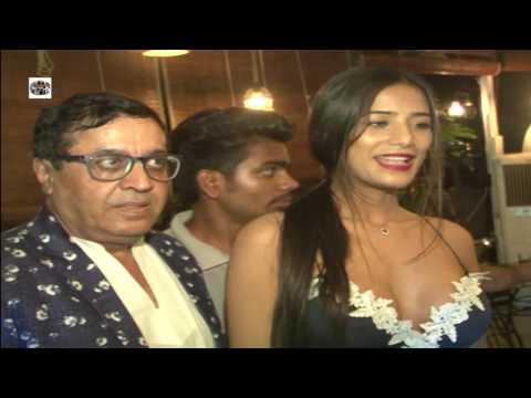 Rakesh Birthday Party On Poonam Pandey Other's  4