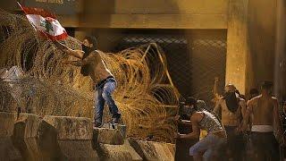Lübnan'da Halk Isyan Etti: