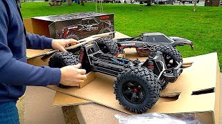 Traxxas X-MAXX Unboxing | RC First Run