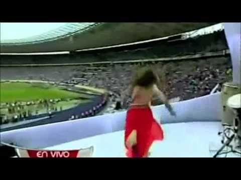 شاكيرا و اغنية كأس العالم في جنوب افريقيا  - 2010 thumbnail