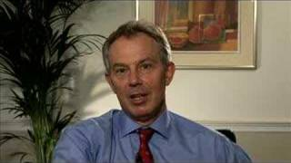 Tony Blair looks for Great North Runners