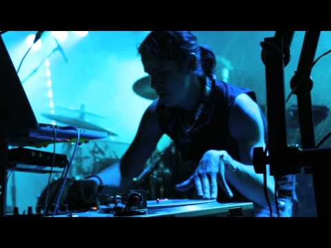 "Digital Tape Machine Live @ Summercamp, 5.24.12, ""Beep Bot"".mov"