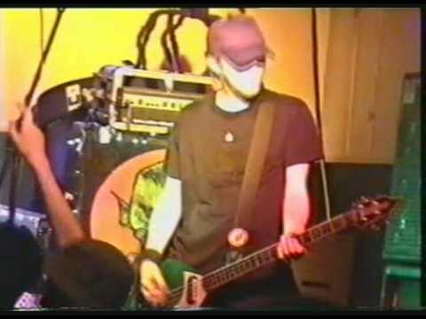 Groovie Ghoulies - Graceland (Live)