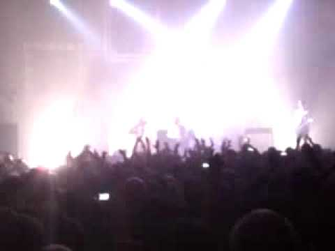 Editors - Smokers Outside The Hospital Doors - Manchester Apollo 16th March 2010 Video