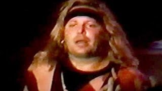 Watch Vince Neil Red Hot video