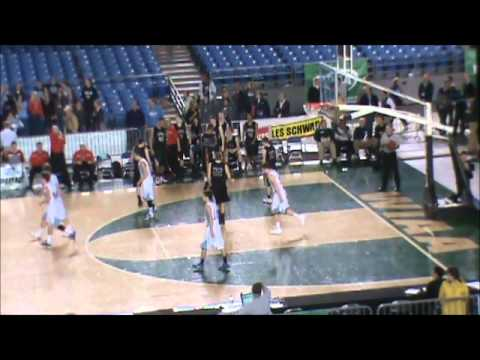 Jordan Chatman's 3 Pointer that refs overrule and call a 2 pointer in State Tournament 2012