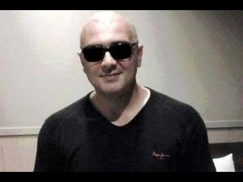 Ajith and Veeram director Siva have tonsured their heads | Hot...