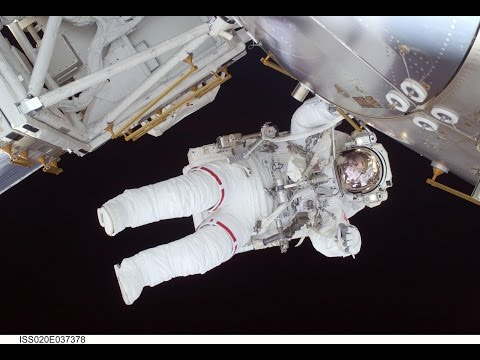 S4 Ep. 5 - How Astronauts Live In Space? - TechTalk With Solomon