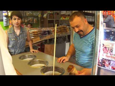 The Turkish Ice Cream dude at Chatuchak Market.MP4