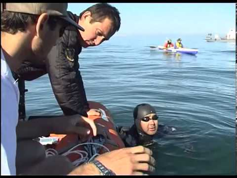 Икараси Кэн переплыл Байкал. 52-летний японский пловец переплыл Байкал за 15 часов 45 минут.