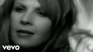 Watch Patty Loveless Like Water Into Wine video