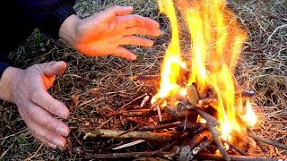 How to make fire with a gum wrapper and battery