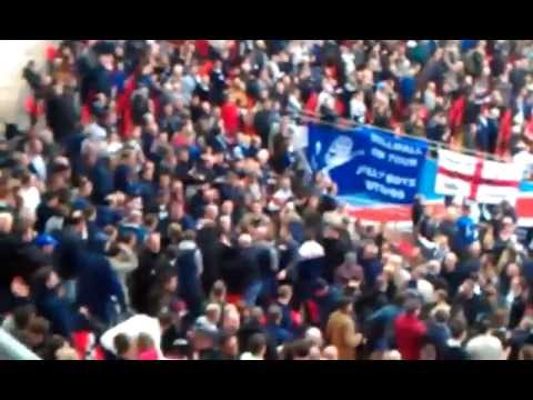 Millwall fans fighting at Wembley VIDEO (13/4/2013)