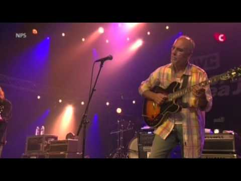 Larry Carlton and Robben Ford - Burnable - North Sea Jazz Festival 2007