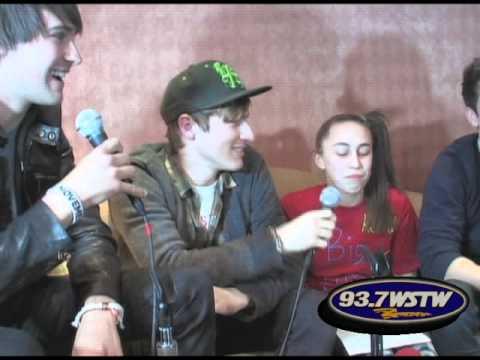 Interview The 92 PRO FM Studio