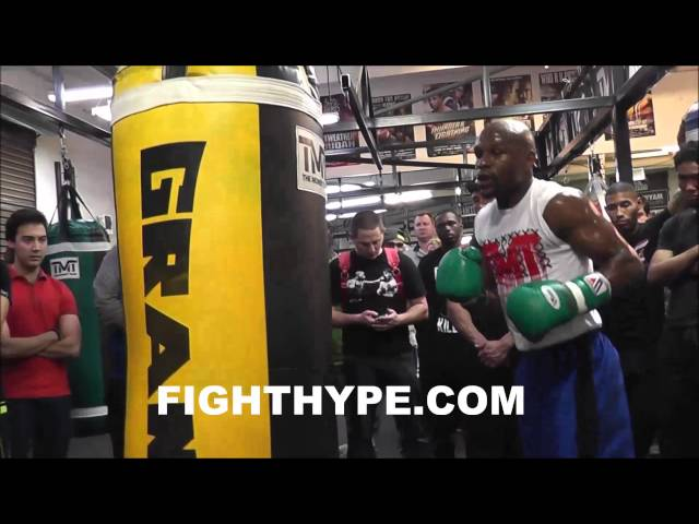 FLOYD MAYWEATHER GIVES TIPS ON TECHNIQUE WHILE TRAINING FOR MARCOS MAIDANA thumbnail