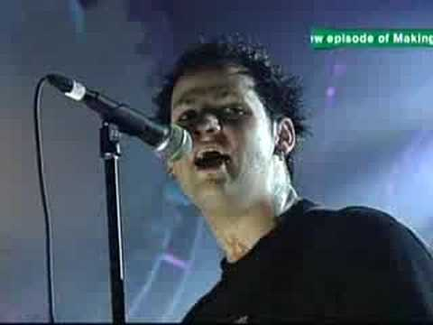 Good Charlotte - The Young And The Hopeless Live