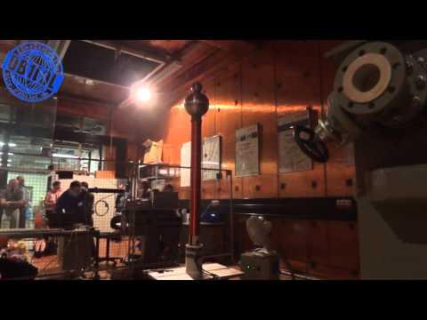 Audio Modulated Tesla Coil - Singende Teslaspule - Tag Der Wissenschaft 2012