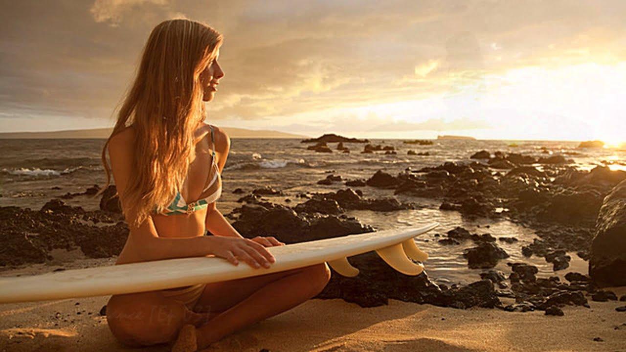 Фото девушек с русыми волосами на пляже 14 фотография