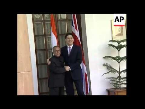 UK FM Miliband meets Indian FM Mukherjee