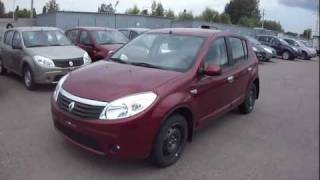 2011 Renault Sandero. Start Up, Engine, and In Depth Tour.