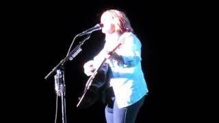 Watch Melissa Etheridge Talking To My Angel video