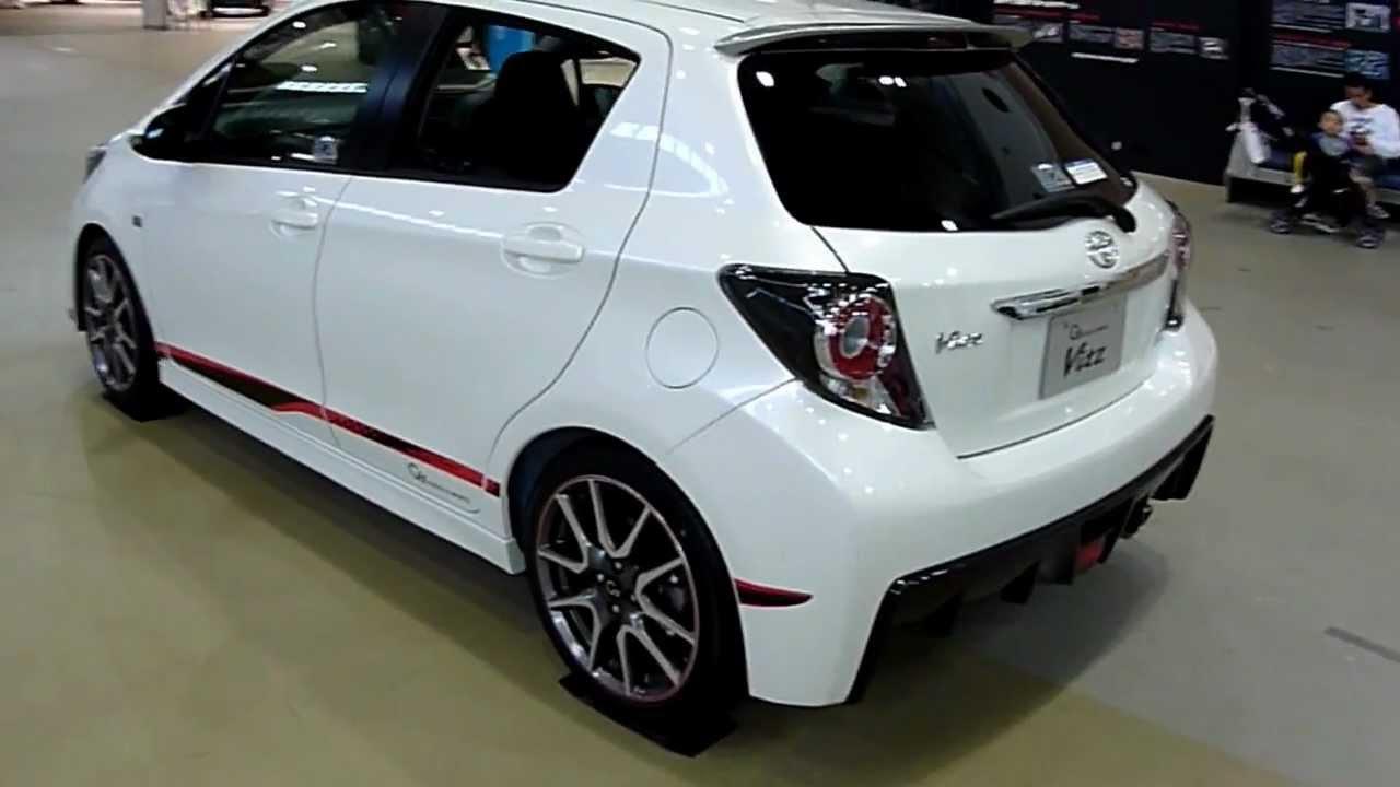 Тойота витц 2013 фото