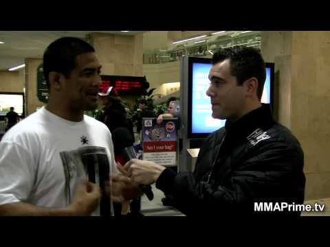 Mark Munoz vs. Kendall Grove UFC 112: Post Fight Video
