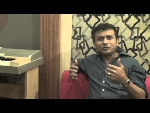 Sri P Unnikrishnan, Carnatic Vocalist, Joins The Music Hangout On April 6th 2013. video