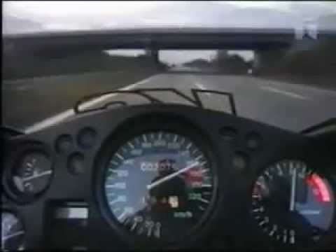 Honda CBR 1100 XX Super Blackbird reaching a top speed of 300km/hr-2012
