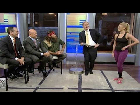 Fox News Panel Stares At Women In Leggings