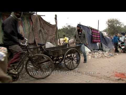 Decrepit houses of Delhi rag pickers