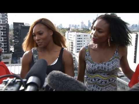 Australian Open: Serena und Venus Williams spielen Cricket mit Aaron Finch und Muttiah Muralitharan