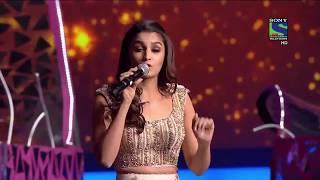 Alia Bhatt  Performance at Filmfare 2016