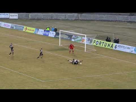 FNL: Sestřih utkání FC Hradec Králové - SK Dynamo Č. Budějovice 2:1