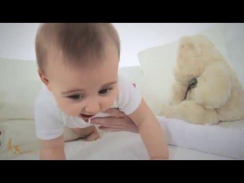 Kalendarz rozwoju niemowlaka - miesiąc 10