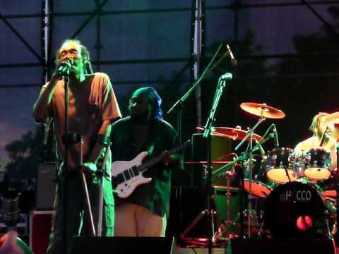 "Israel Vibration live ""Ball of fire"""