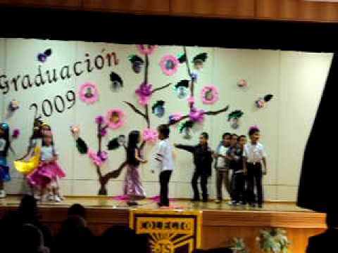 grease brillantina bailada por kinder b del colegio junior school 2 playa ancha
