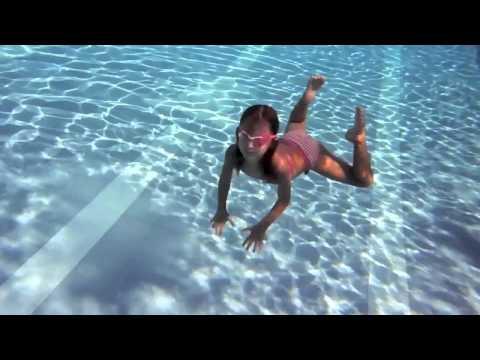 Carla Underwater Dancing