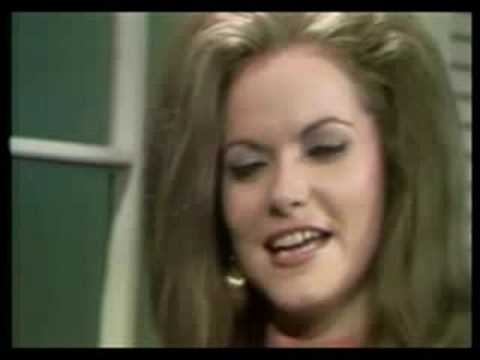 Jeannie C Riley - Harper Valley Pta