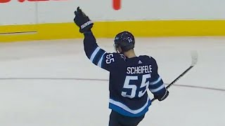 Jets' Scheifele ties game vs. Flyers in final minute of the third