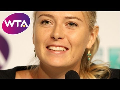 Sharapova sings Jingle bells and Radwanska raps | Happy Holidays from the WTA Stars!