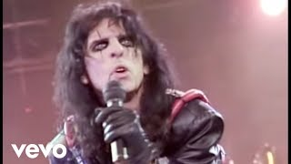 Watch Alice Cooper Welcome To My Nightmare video