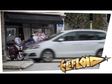 Smartphone-Benutzer wird übelst vom Auto zermatscht... Schweizer Schock-Kampagne