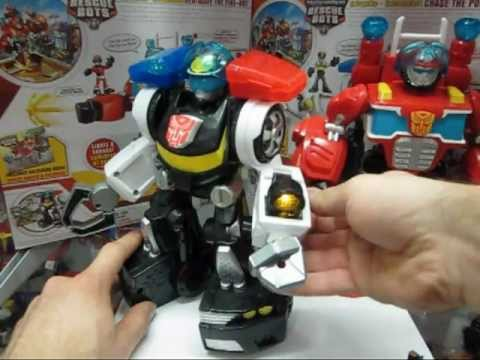 Protoman Reviews: Transformers Rescue Bots Electronic Heatwave and Electronic Chase
