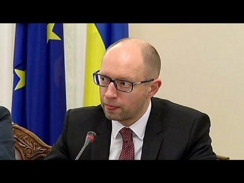 Ukrayna'da seçimler öncesi Rusya'ya uyarı