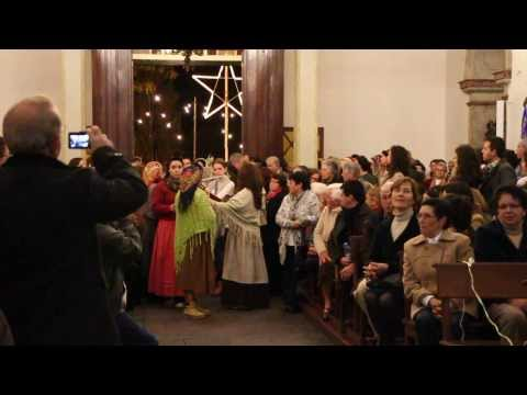 Missa do Galo na Igreja do Cani�o - Entrada dos Pastores