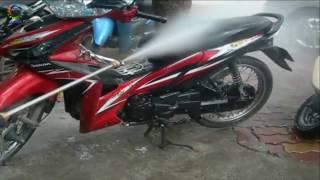 Máy rửa xe ô tô 1750PSI [Công Ty Tân Thịnh]