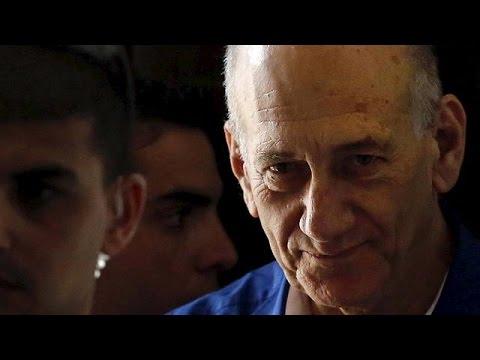 El Supremo reduce la condena a Olmert por corrupción de 6 años a 18 meses