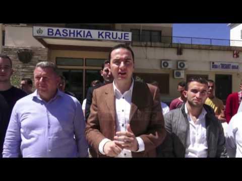 """Kryebashkiakët shpjegojnë """"krimet"""" - Top Channel Albania - News - Lajme"""